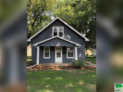 Photo of 440 2nd Ave NE, Sioux Center, IA 51250 (MLS # 814126)
