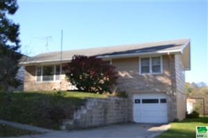 Photo of 805 S St. Mary's, Sioux City, IA 51106 (MLS # 807133)