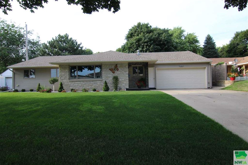 Photo for 1105 4th, Storm Lake, IA 50588 (MLS # 806138)