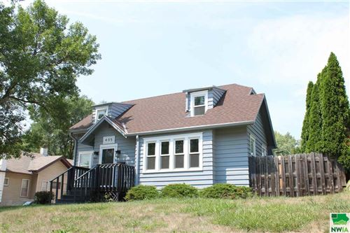 Photo of 405 36th Street, Sioux City, IA 51104 (MLS # 814142)