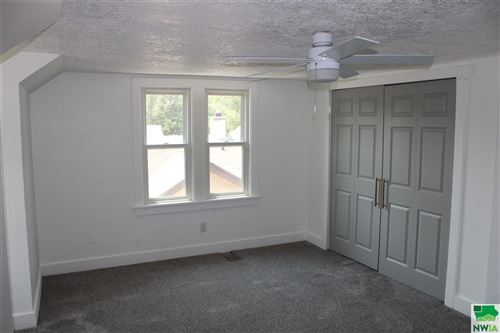 Tiny photo for 405 36th Street, Sioux City, IA 51104 (MLS # 814142)