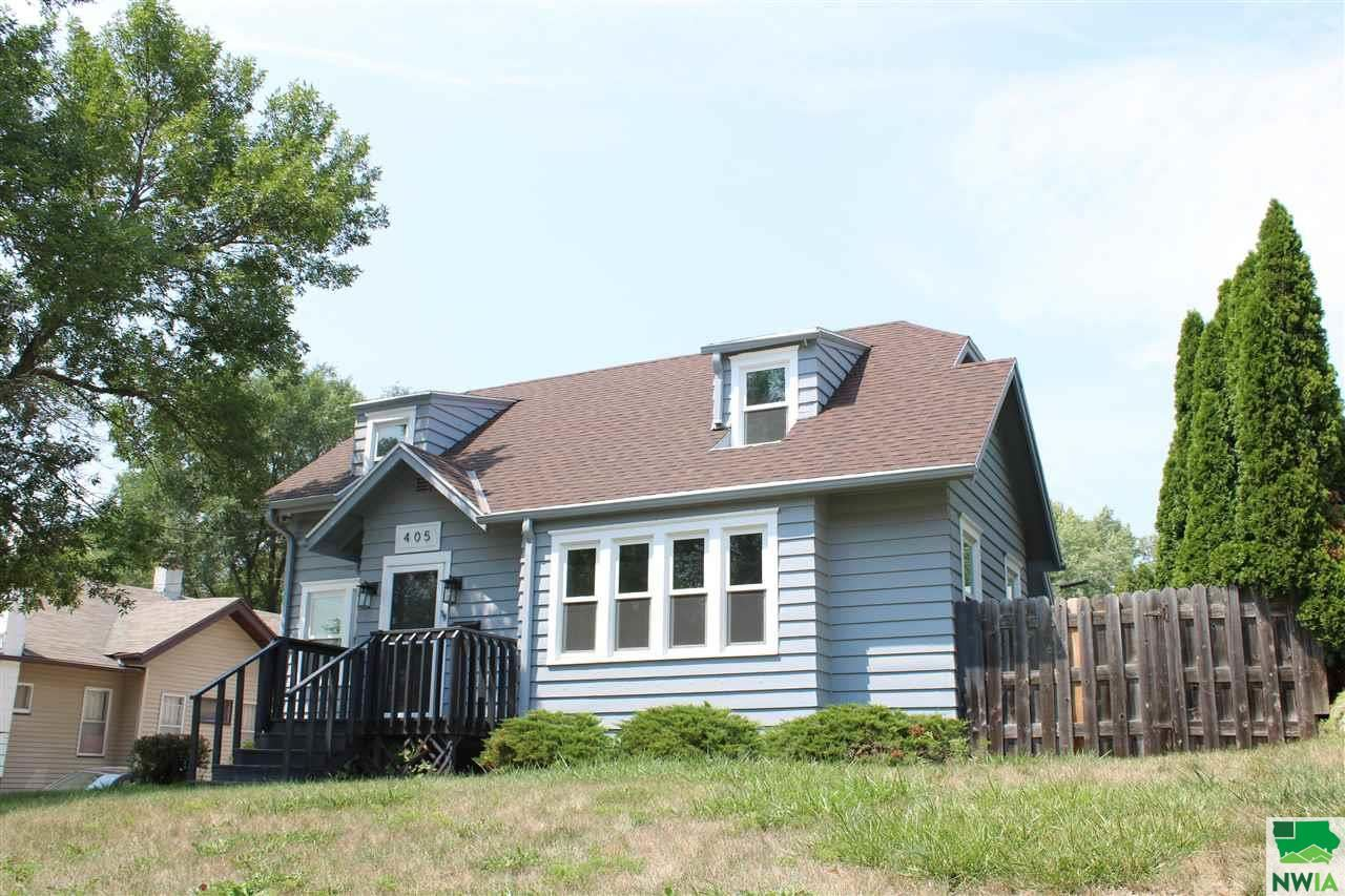 Photo for 405 36th Street, Sioux City, IA 51104 (MLS # 814142)