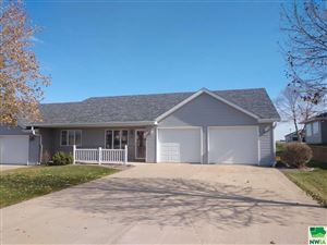 Photo of 1316 7th Ave SE, Sioux Center, IA 51250-1258 (MLS # 807147)