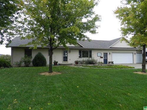 Photo of 392 11th St. NE, Sioux Center, IA 51250 (MLS # 815150)