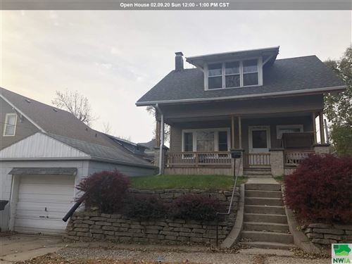Photo of 1024 28th St, Sioux City, IA 51104 (MLS # 807171)