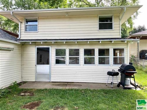 Tiny photo for 2821 S Cypress St, Sioux City, IA 51106 (MLS # 810200)