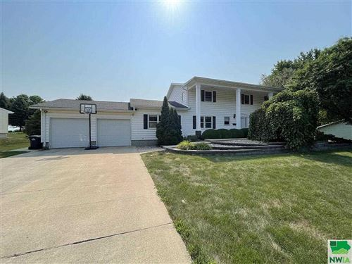 Photo of 1164 1st Ave SE, Sioux Center, IA 51250 (MLS # 814207)