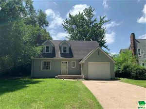 Photo of 437 Canby St, Vermillion, SD 57069 (MLS # 804213)