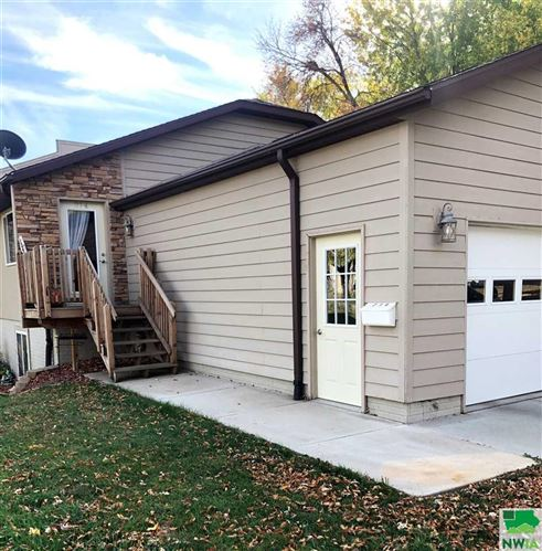 Photo of 214 4th Street NW, Orange City, IA 51041 (MLS # 808222)