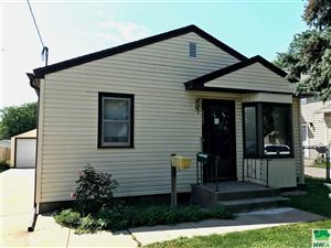Photo of 2213 S Helen, Sioux City, IA 51106 (MLS # 806238)