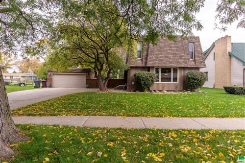 Photo of 513 E 32nd St, South Sioux City, NE 68776 (MLS # 815240)