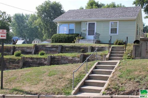 Photo of 3518 Macomb Ave, Sioux City, IA 51106 (MLS # 814250)