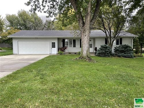 Photo of 382 11th Ave NE, Sioux Center, IA 51250 (MLS # 815256)