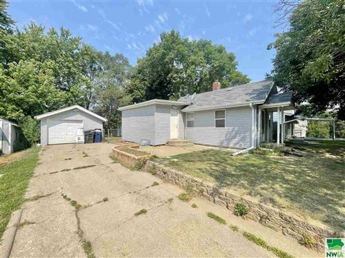 Photo of 2529 S PAXTON ST, Sioux City, IA 51106 (MLS # 814262)