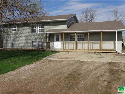 Photo of 31389 Meckling Rd, Vermillion, SD 57069 (MLS # 803265)