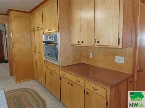 Tiny photo for 150 1st Ave NE, Sioux Center, IA 51250 (MLS # 810265)