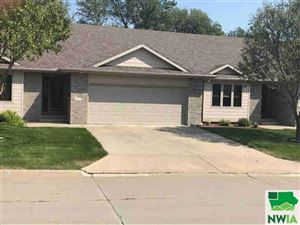 Photo of 4733 Brookshire Place, Sioux City, IA 51106 (MLS # 807276)