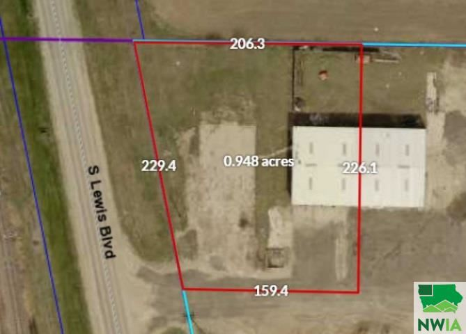 Photo for 1180 S Lewis Blvd, Sergeant Bluff, IA 51054 (MLS # 810317)