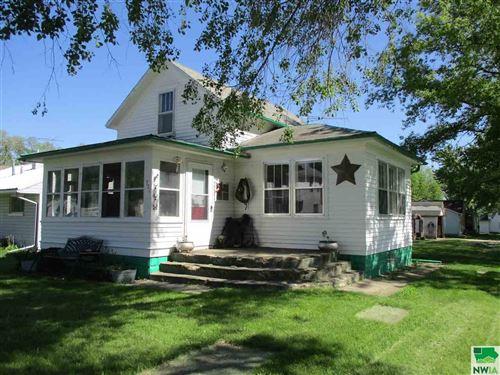 Photo of 721 W Beech St., Cherokee, IA 51012 (MLS # 810343)