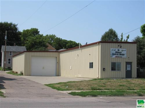 Photo of 1015 Court St, Sioux City, IA 51105 (MLS # 814377)