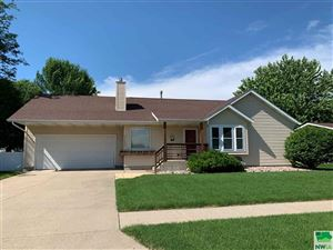 Photo of 1112 Mulberry, Vermillion, SD 57069 (MLS # 805400)