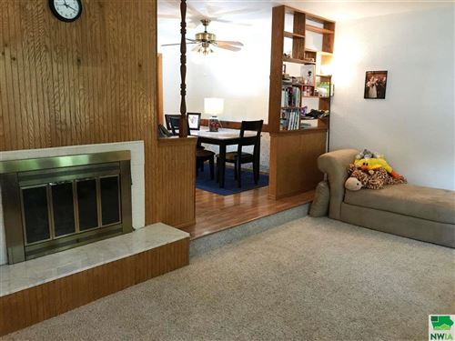 Tiny photo for 916 Lincoln, Vermillion, SD 57069 (MLS # 807400)