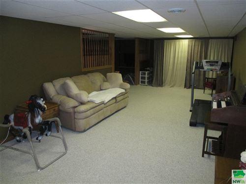 Tiny photo for 415 Country Club, Sheldon, IA 51201 (MLS # 807427)