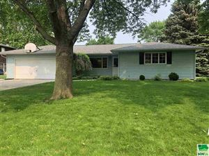 Photo of 1224 2nd Avenue SE, Sioux Center, IA 51250-1206 (MLS # 802458)