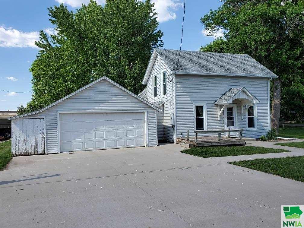 Photo for 503 Webb Street, Boyden, IA 51234 (MLS # 813462)