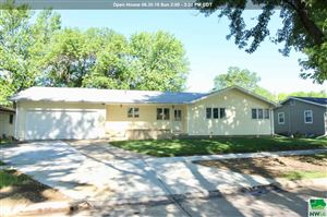 Photo of 2811 S Cypress St, Sioux City, IA 51106 (MLS # 805508)