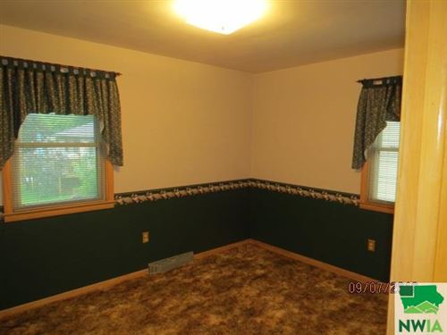 Tiny photo for 811 3rd St. SE, LeMars, IA 51031 (MLS # 806515)