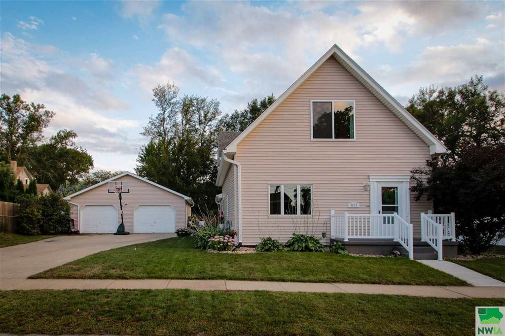 Photo for 4814 6th Ave, Sioux City, IA 51106 (MLS # 806529)