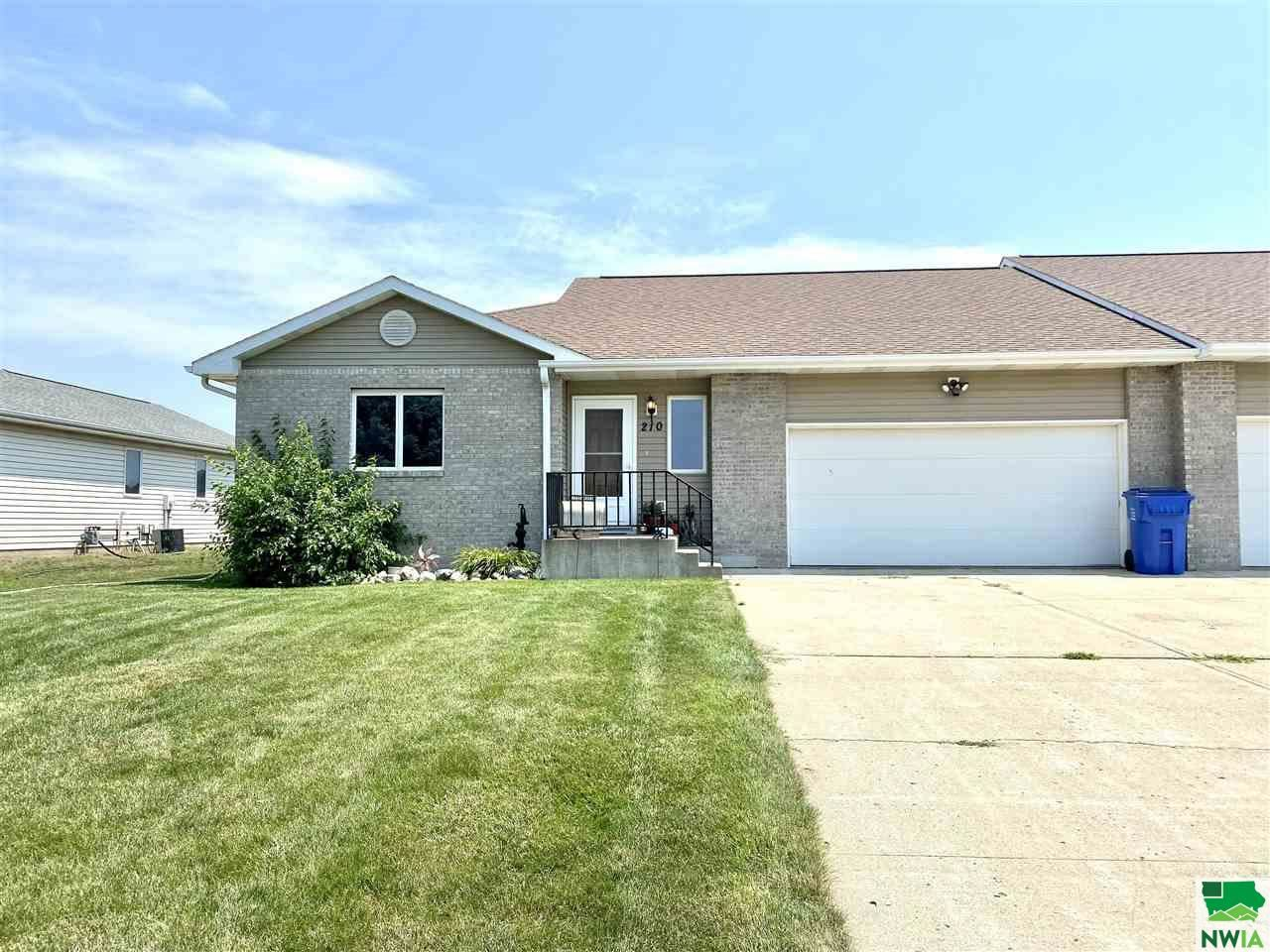 Photo for 210 S Norbeck, Vermillion, SD 57069 (MLS # 813532)