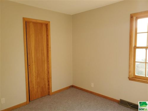 Tiny photo for 426 Delaware Ave SW, Orange City, IA 51041-1661 (MLS # 810552)