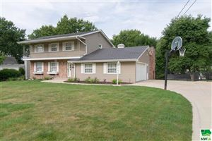 Photo of 4617 Perry Way, Sioux City, IA 51104 (MLS # 806557)