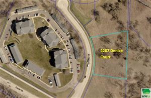 Photo of 4207 Denice Court, Sioux City, IA 51104 (MLS # 804645)