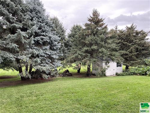 Tiny photo for 274 12th Street SE, Sioux Center, IA 51250 (MLS # 814653)