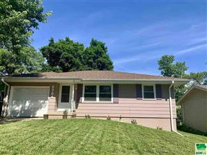 Photo of 2708 S Paxton, Sioux City, IA 51106 (MLS # 805654)