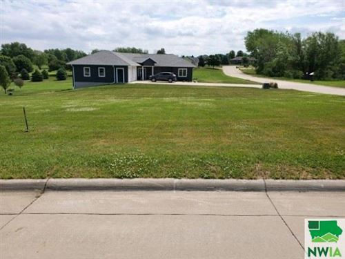 Photo of Lot 3 Country Club Estates Second Addition Remsen, Remsen, IA 51050 (MLS # 807654)