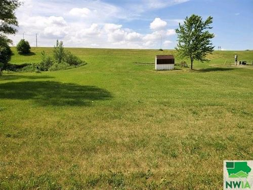 Photo of Lot 6 Country Club Estates Second Addition Remsen, Remsen, IA 51050 (MLS # 807655)