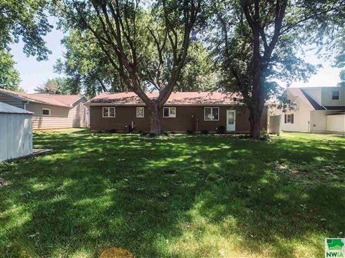 Tiny photo for 318 Iowa Ave SW, Orange City, IA 51041 (MLS # 809665)