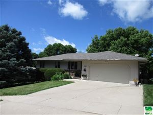 Photo of 2927 S Olive Street, Sioux City, IA 51106 (MLS # 805671)