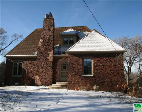 Photo of 2915 Sunset Circle, Sioux City, IA 51104 (MLS # 807673)