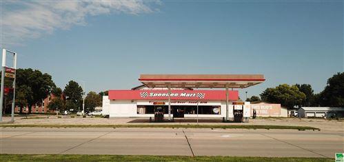 Photo of 802 E Cherry St, Vermillion, SD 57069 (MLS # 814728)