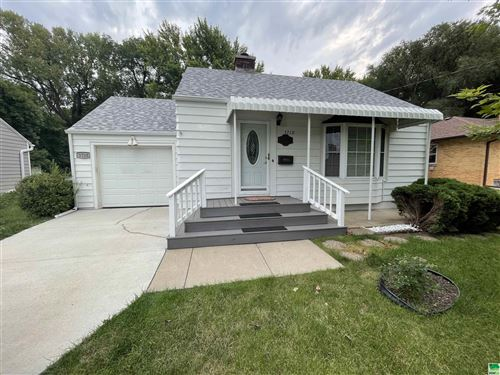 Photo of 3710 Grandview, Sioux City, IA 51101 (MLS # 814734)