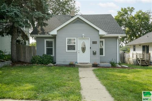 Photo of 3312 ORLEANS AVE, Sioux City, IA 51106 (MLS # 814740)