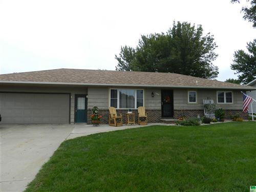 Photo of 1804 2nd Ave. SE, Sioux Center, IA 51250 (MLS # 814750)