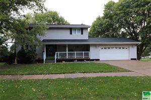 Photo of 1501 Central Ave SW, LeMars, IA 51031 (MLS # 802794)