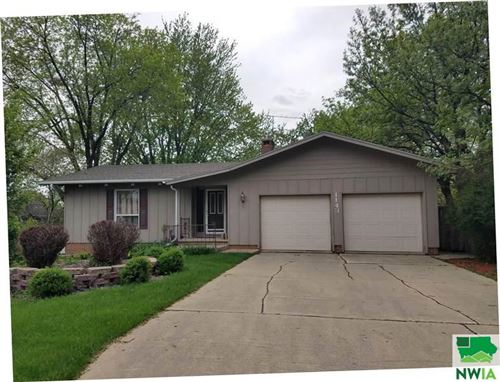 Tiny photo for 1143 1st Avenue SE, Sioux Center, IA 51250 (MLS # 813805)