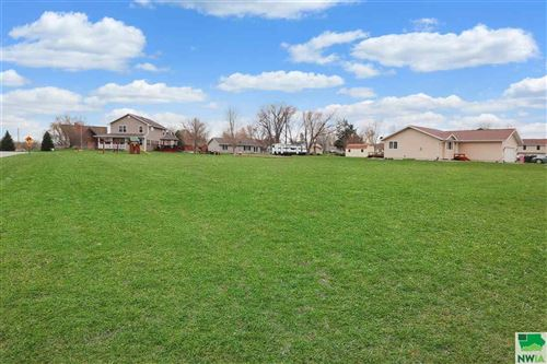 Photo of 704 Cedar Street, Dakota City, NE 68731 (MLS # 812825)